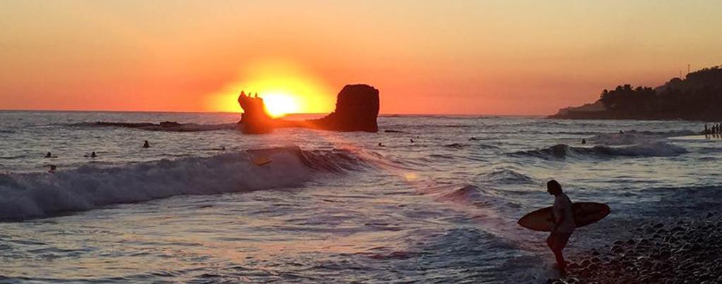 contact-us-el-salvador-surf-trips