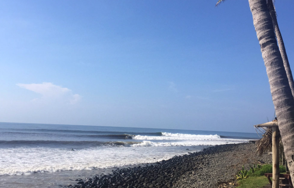 el Salvador Surf punta roca