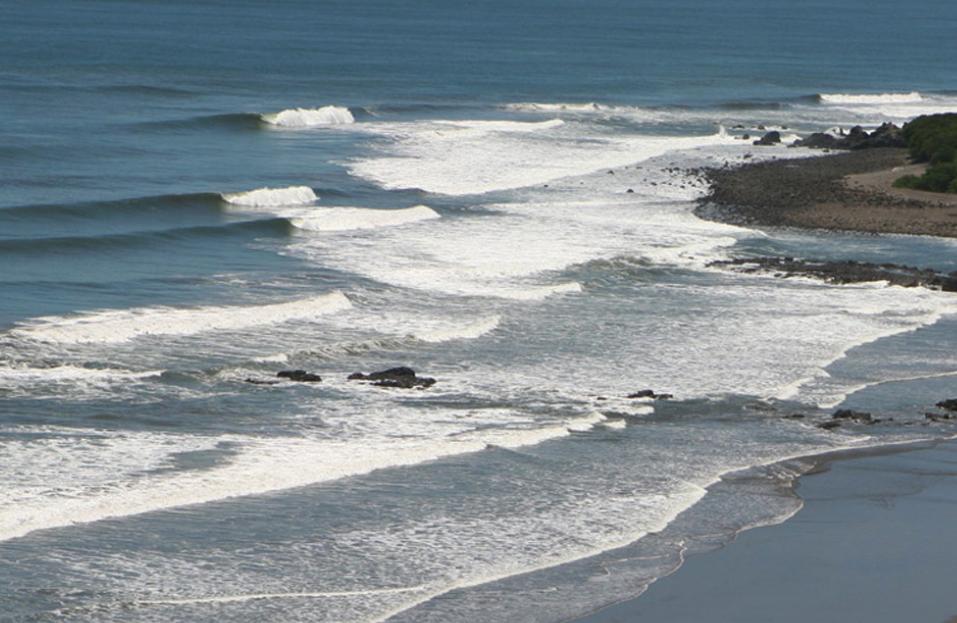 El Salvador Surfing Punta Mango